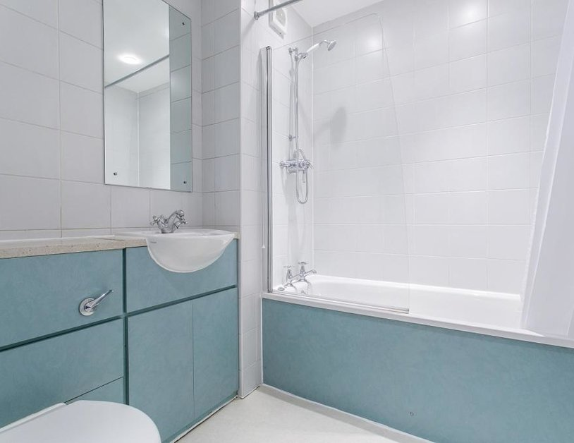 Apartment to rent in Cavendish Mews North view6