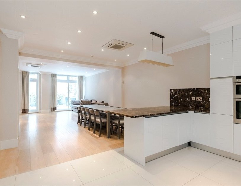 House to rent in Chilworth Street view4