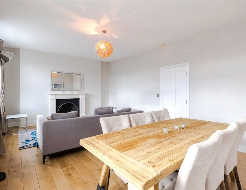 Duplex to rent in Connaught Street view2