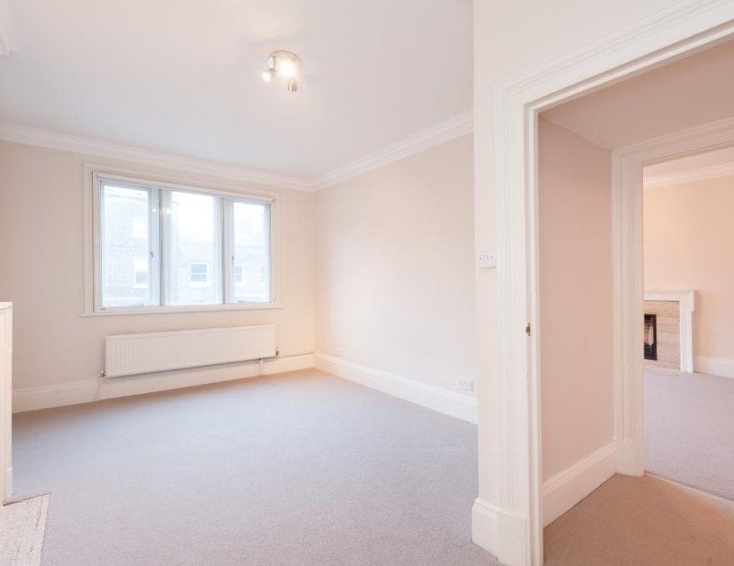 Apartment to rent in Devonshire Place view2
