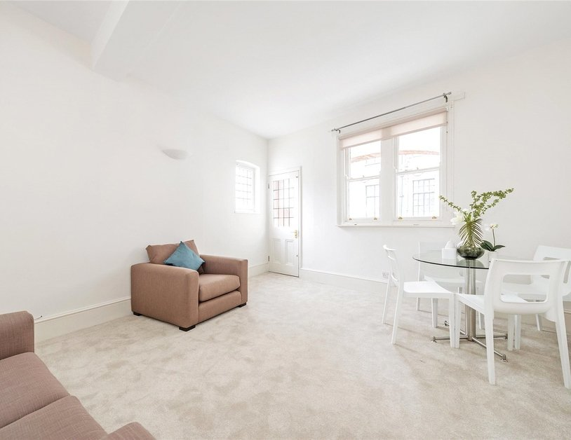 House to rent in Devonshire Row Mews view9