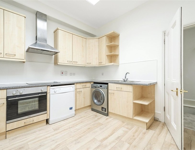 House to rent in Devonshire Row Mews view3