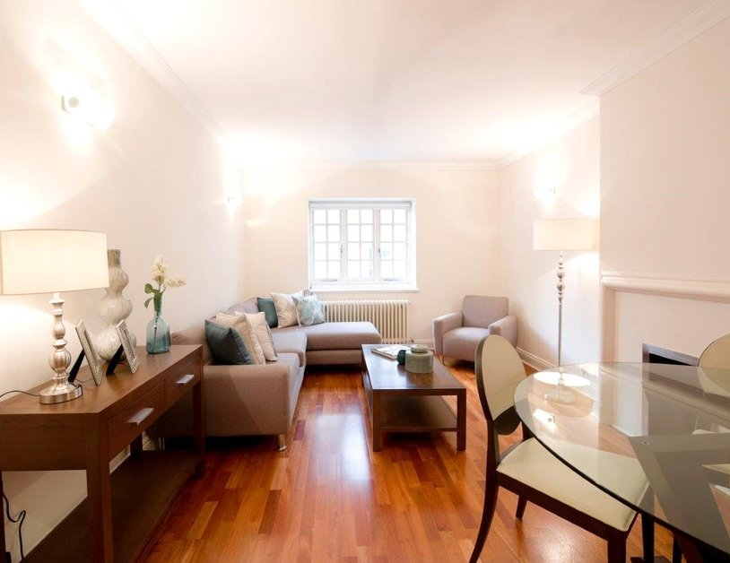 Apartment to rent in Duchess Mews view3