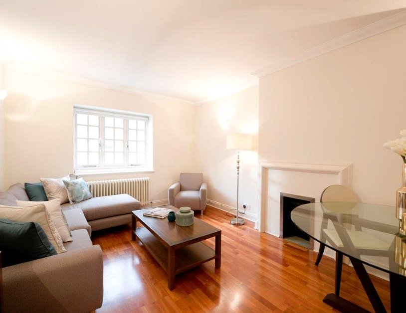 Apartment to rent in Duchess Mews view4