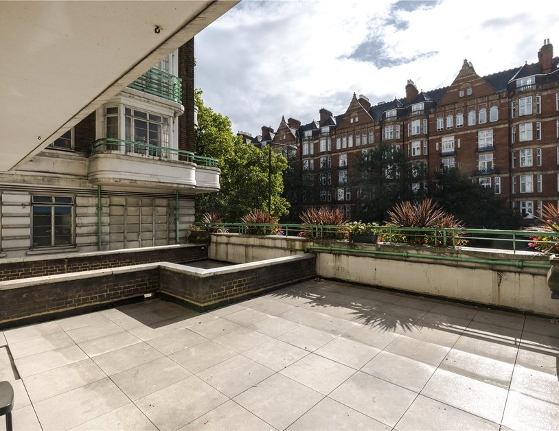 Apartment to rent in Gloucester Place view3