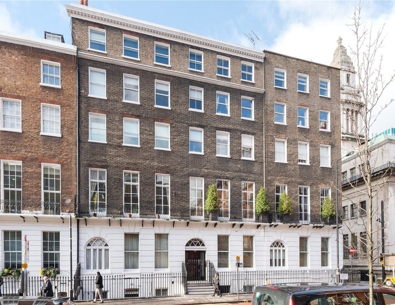 Studio Flat to rent in Gloucester Place view6