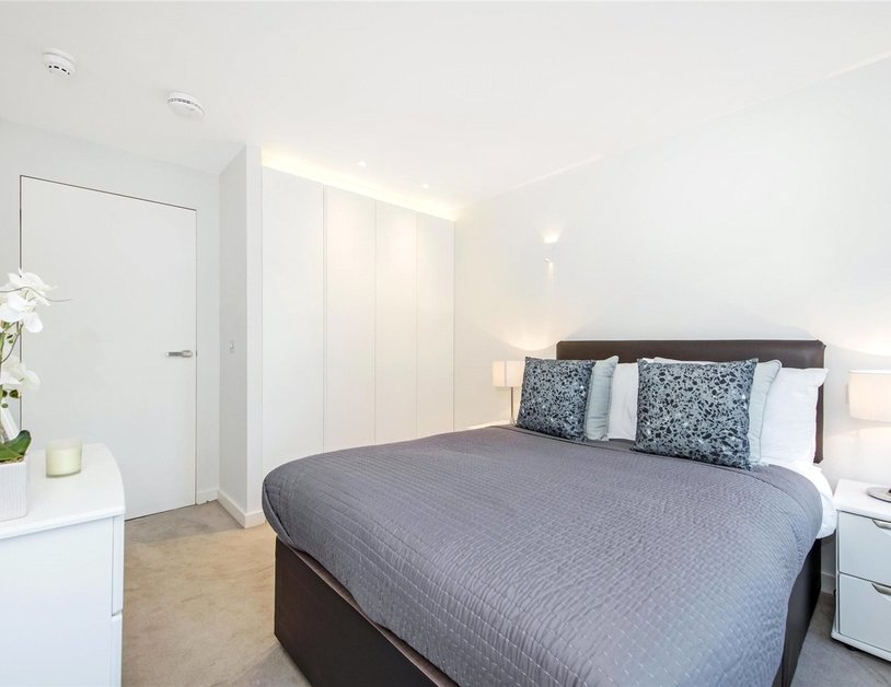 Properties to rent in Hallam Street view8