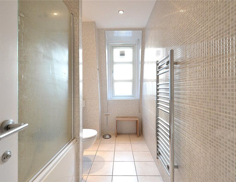 Apartment to rent in Hallam Street view5