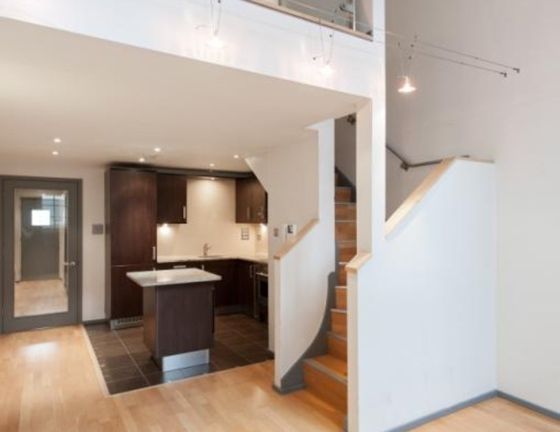 Apartment to rent in Hanway Place view2