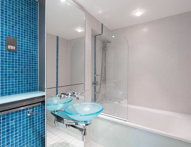 Apartment to rent in Hanway Place view6