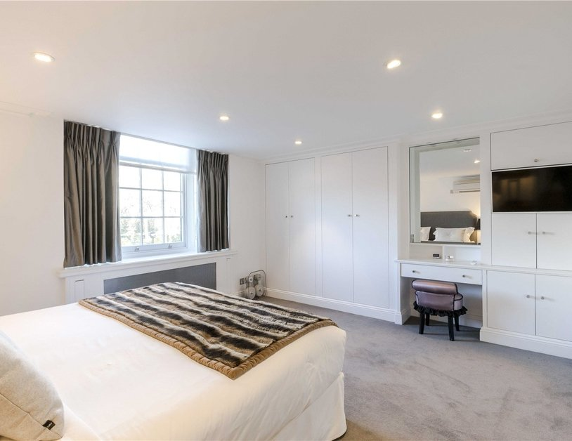 Apartment to rent in Hyde Park Gardens view16