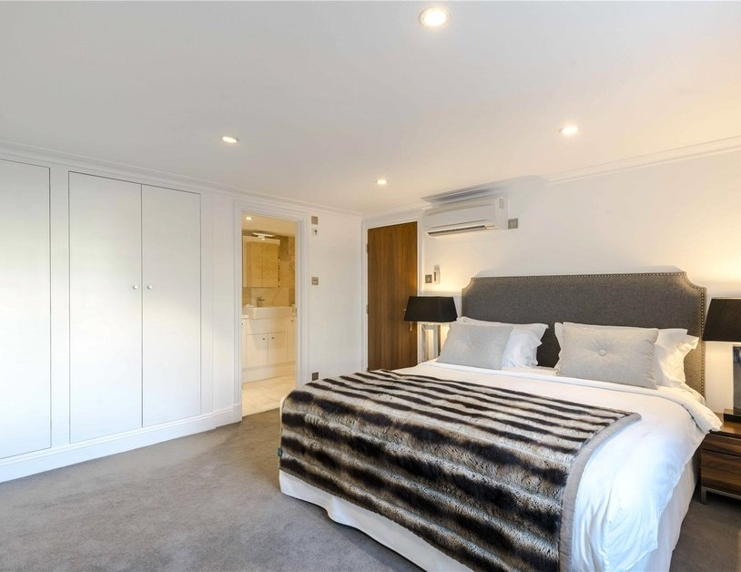 Apartment to rent in Hyde Park Gardens view4