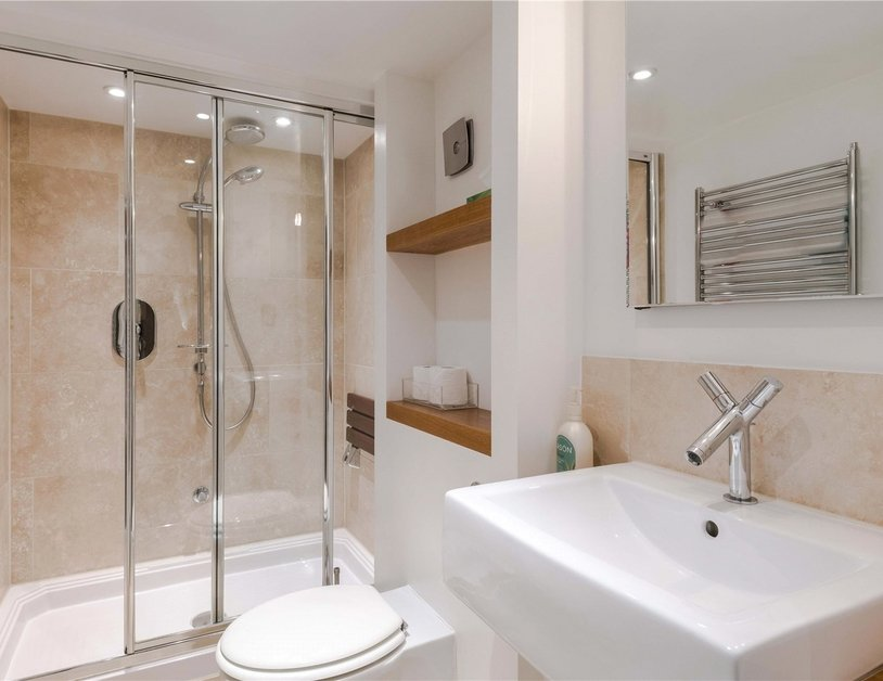 Apartment to rent in Hyde Park Gardens view12