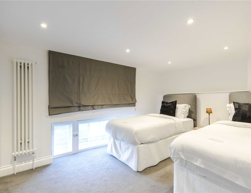 Apartment to rent in Hyde Park Gardens view6