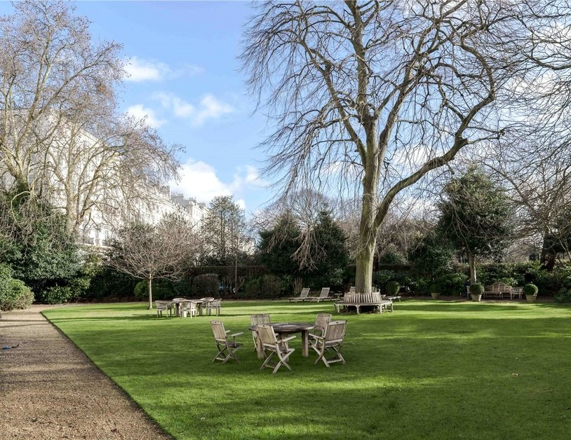 Apartment to rent in Hyde Park Gardens view22