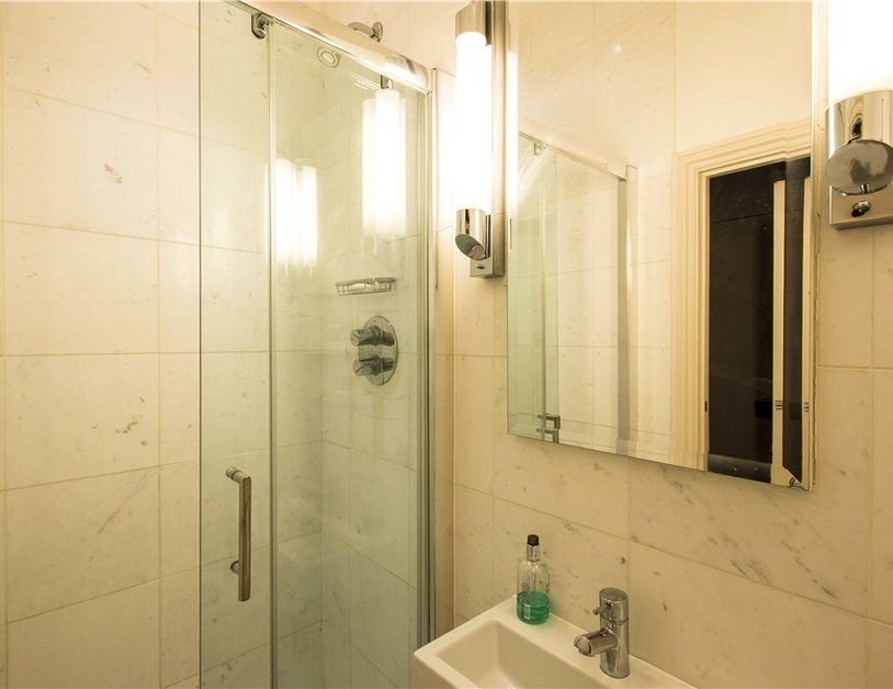 Apartment to rent in Hyde Park Gardens view7