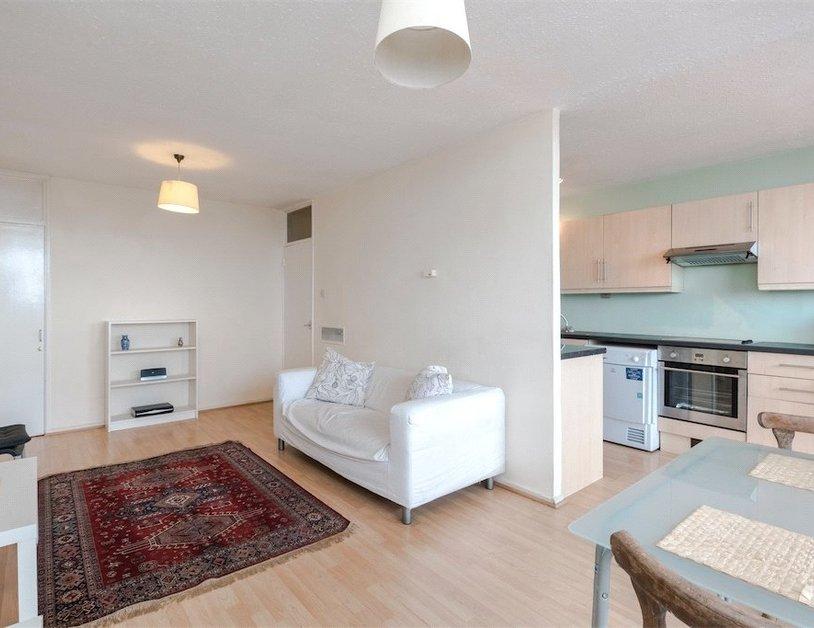Duplex to rent in Luxborough Street view3