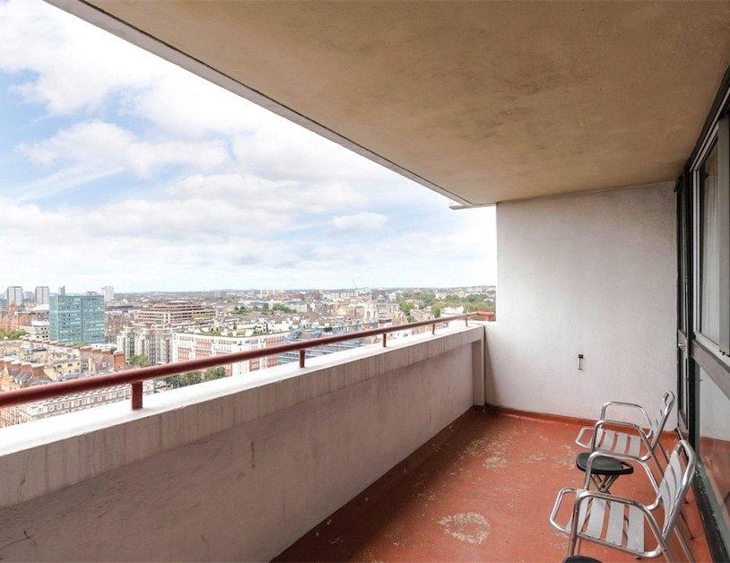 Duplex to rent in Luxborough Street view5