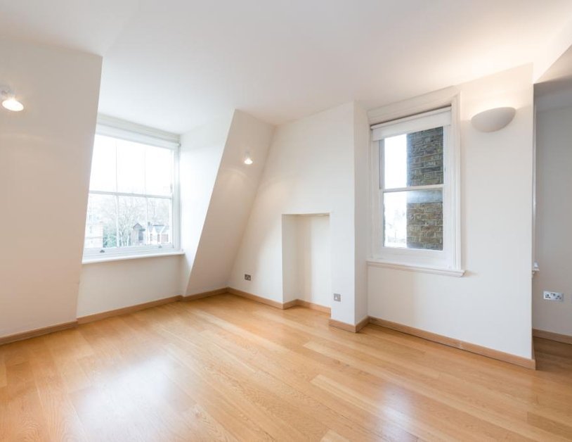 Apartment to rent in Marylebone High Street view2