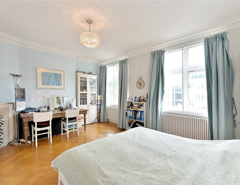 Apartment to rent in Marylebone Road view3