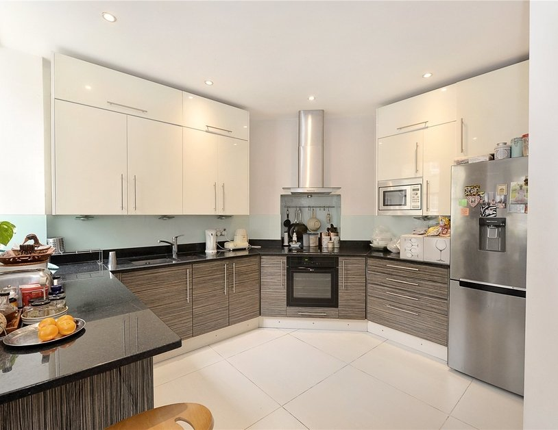 Apartment to rent in Marylebone Road view2