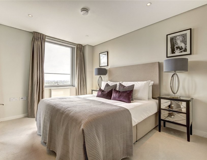 Apartment to rent in Merchant Square East view8