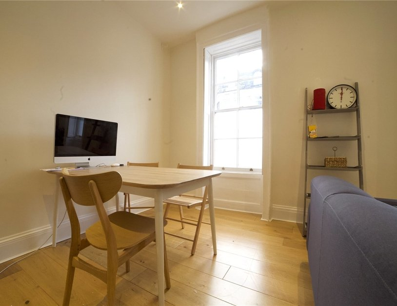 Apartment to rent in Molyneux Street view3