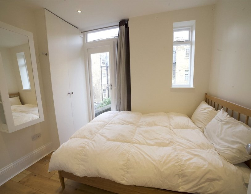 Apartment to rent in Molyneux Street view5