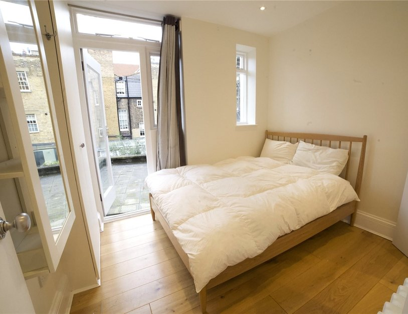 Apartment to rent in Molyneux Street view7