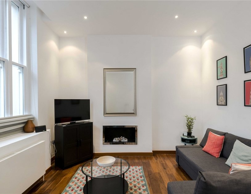 Apartment to rent in Monmouth Road view9