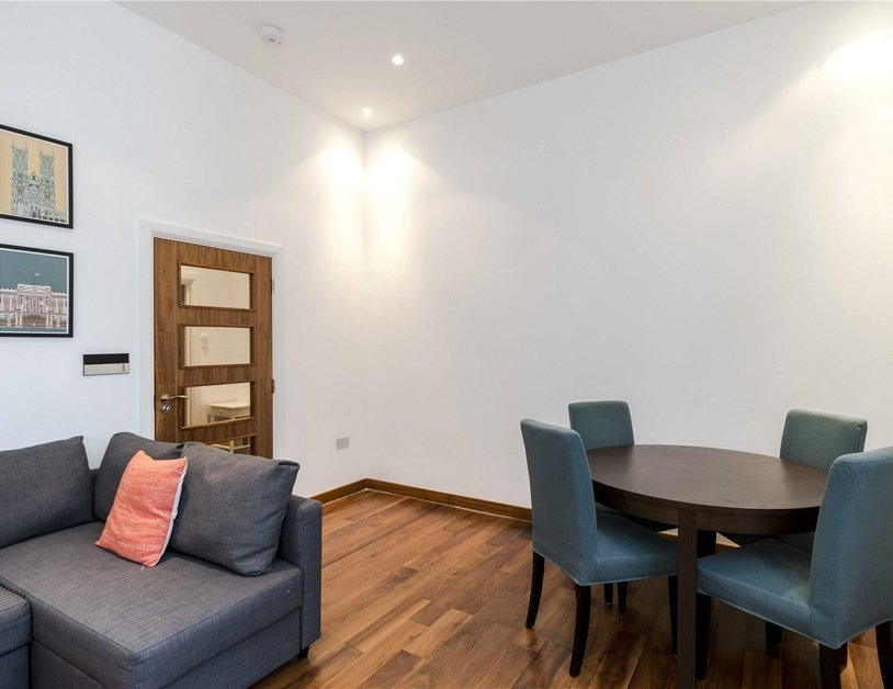 Apartment to rent in Monmouth Road view12