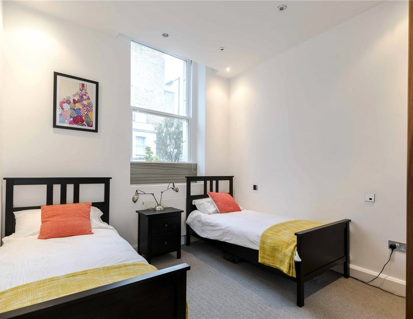 Apartment to rent in Monmouth Road view7