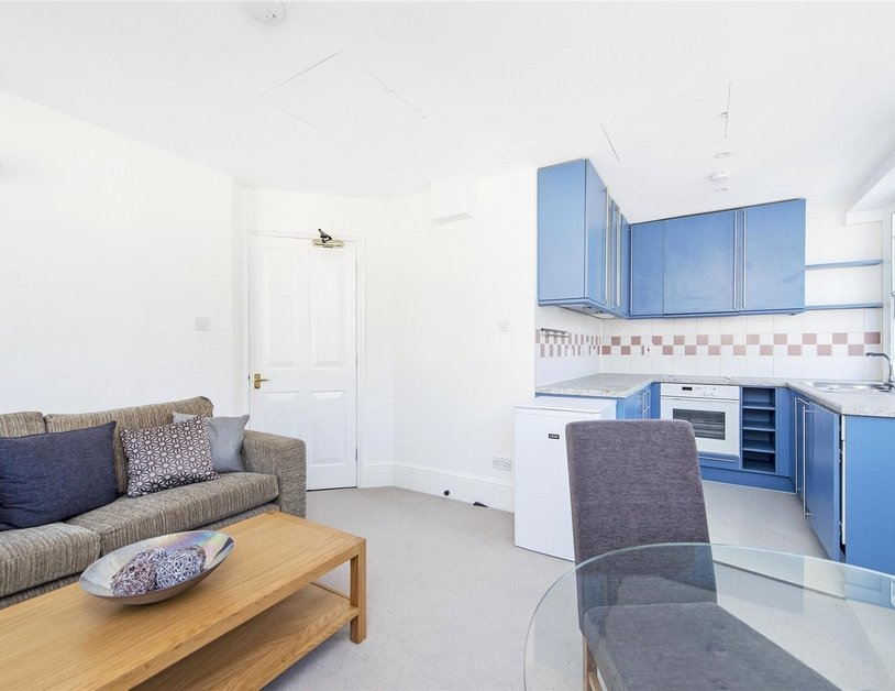 Apartment to rent in Moxon Street view7