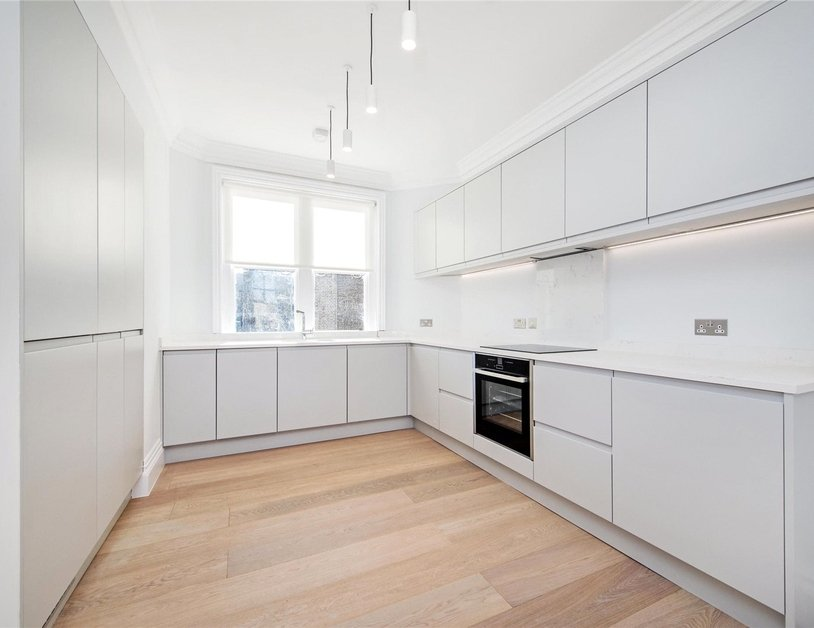 Apartment to rent in New Cavendish Street view2