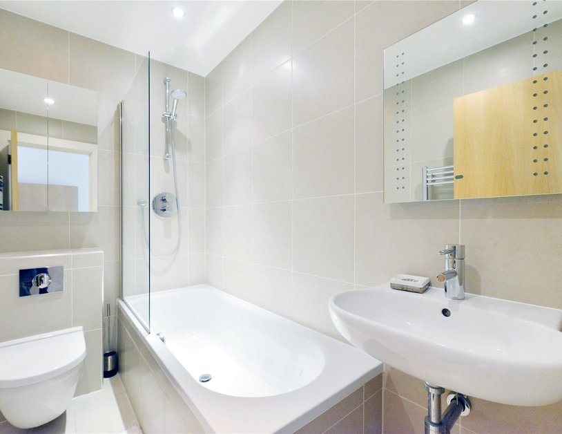 Apartment to rent in North Audley Street view3