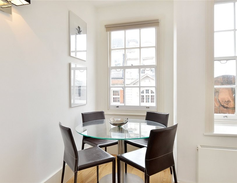 Apartment to rent in North Audley Street view9