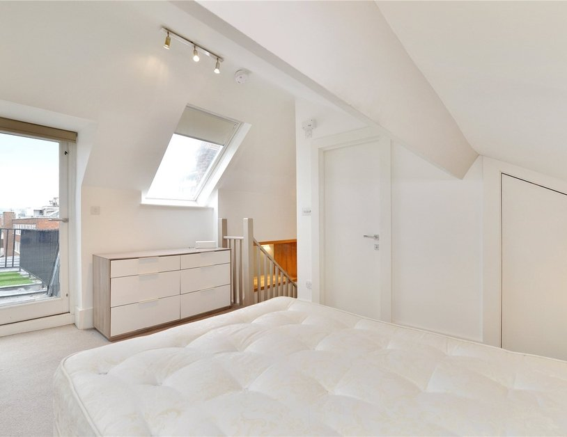 Apartment to rent in North Audley Street view14