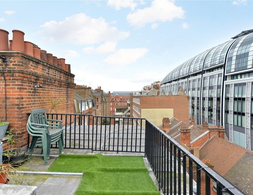 Apartment to rent in North Audley Street view5