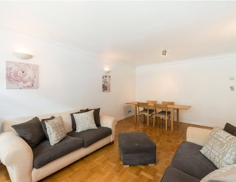 Apartment to rent in Nottingham Terrace view2