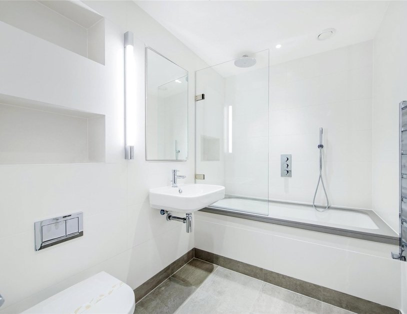 Apartment to rent in Ossington Buildings view3