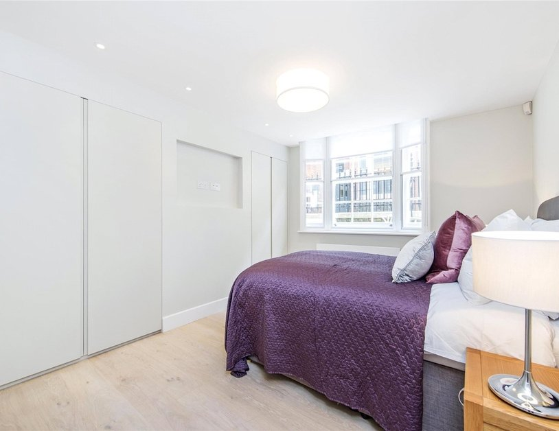 Apartment to rent in Ossington Buildings view4