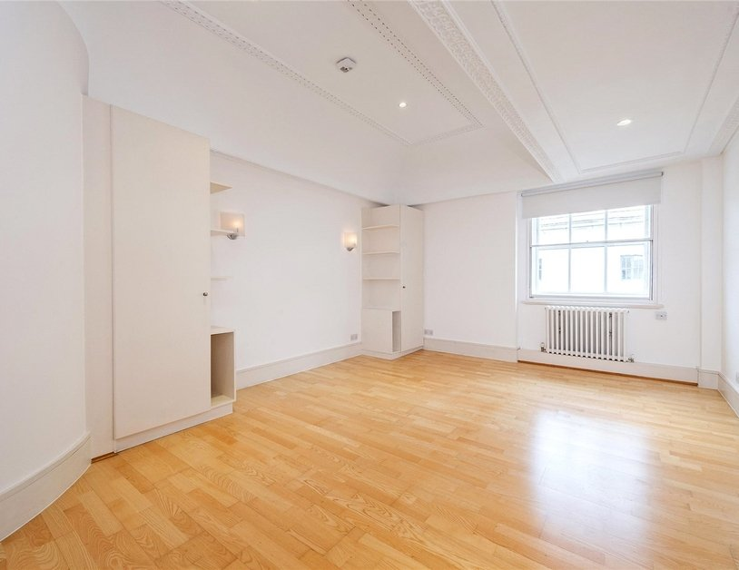 Apartment to rent in Portland Place view7
