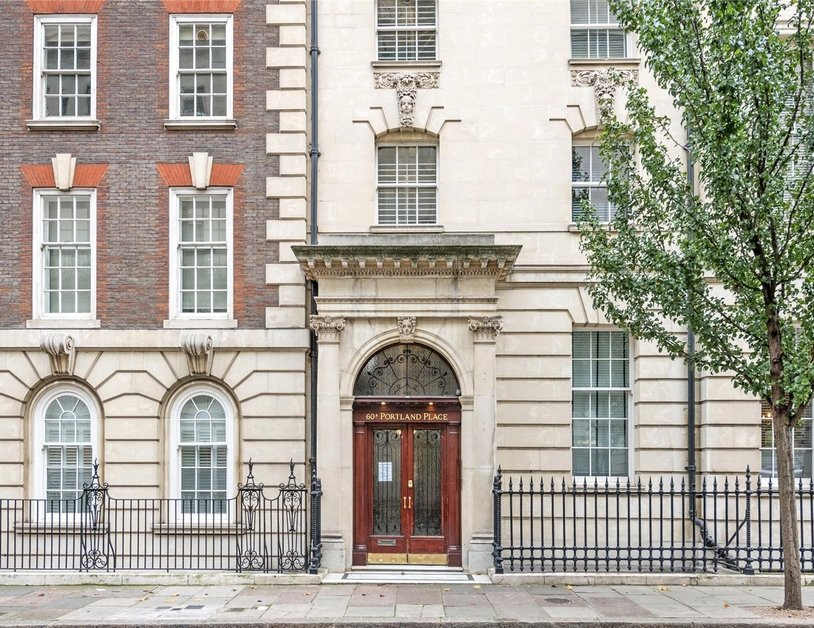 Apartment to rent in Portland Place view11