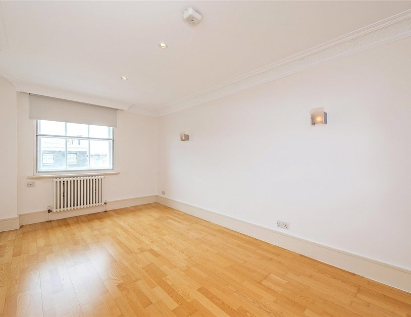 Apartment to rent in Portland Place view6