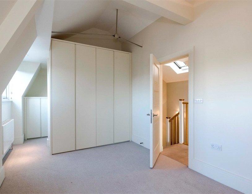 Properties to rent in Queen Anne Street view7