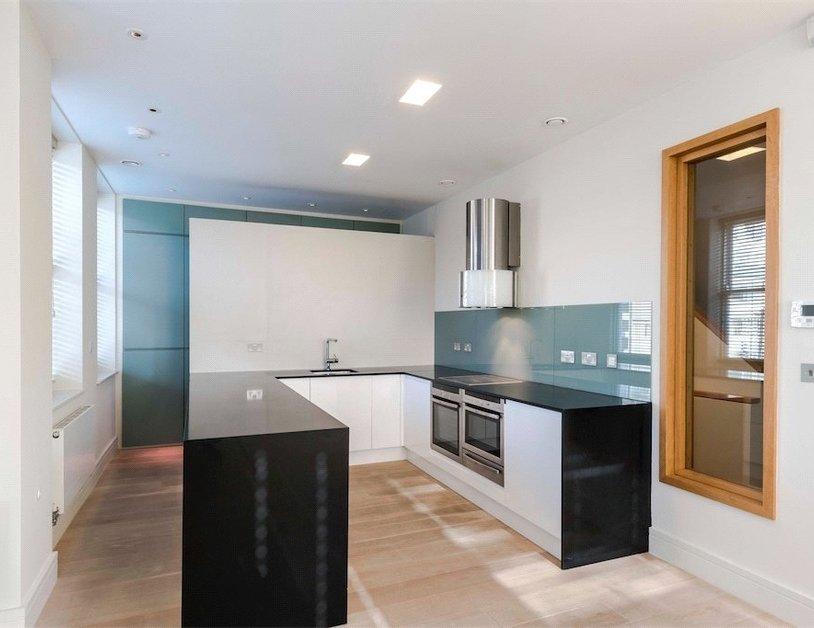 Properties to rent in Queen Anne Street view9