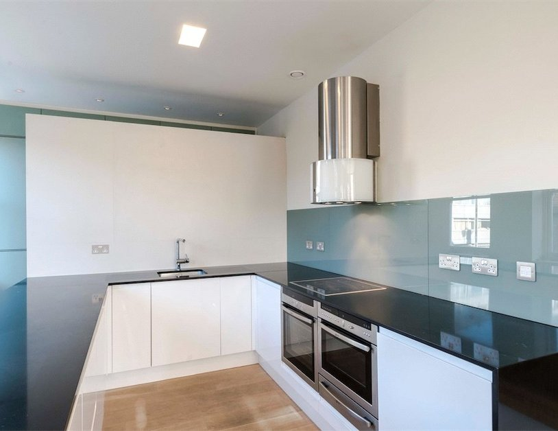 Properties to rent in Queen Anne Street view11