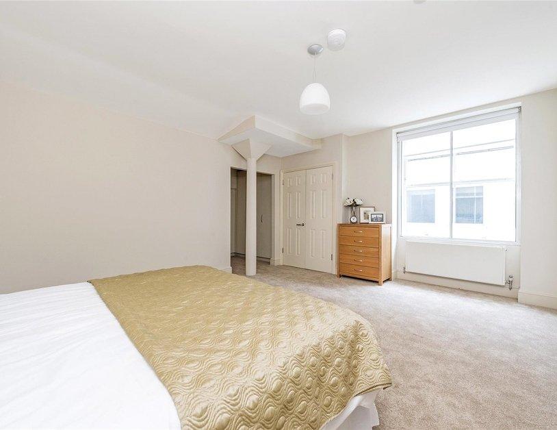 Duplex to rent in Queen Anne Street view6