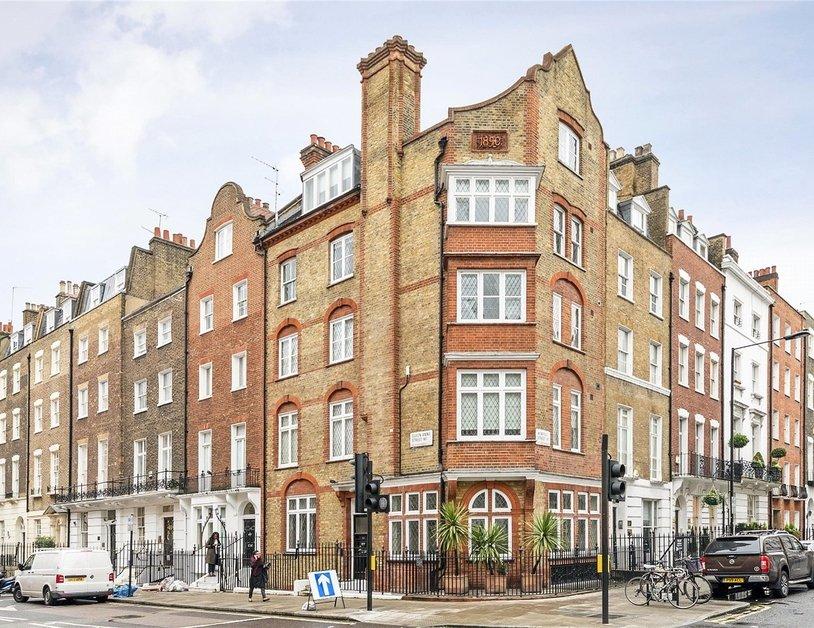 Duplex to rent in Queen Anne Street view5
