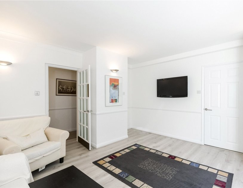 Apartment to rent in Seymour Place view2
